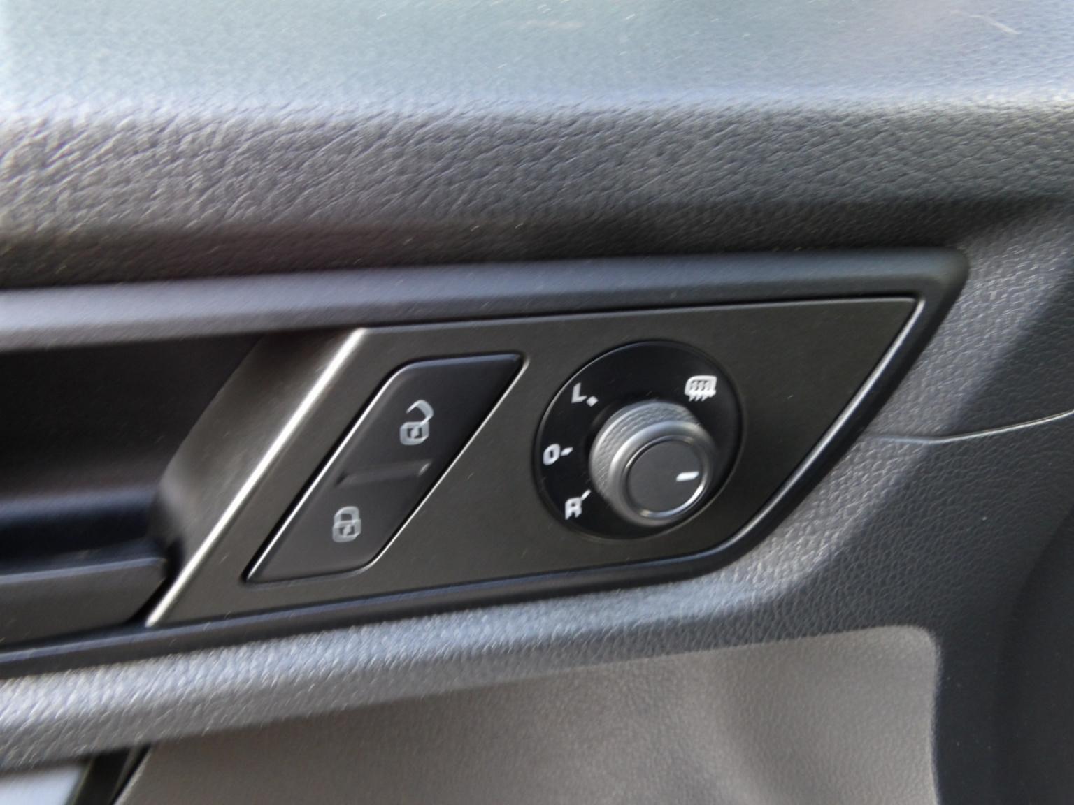Volkswagen-Caddy-20