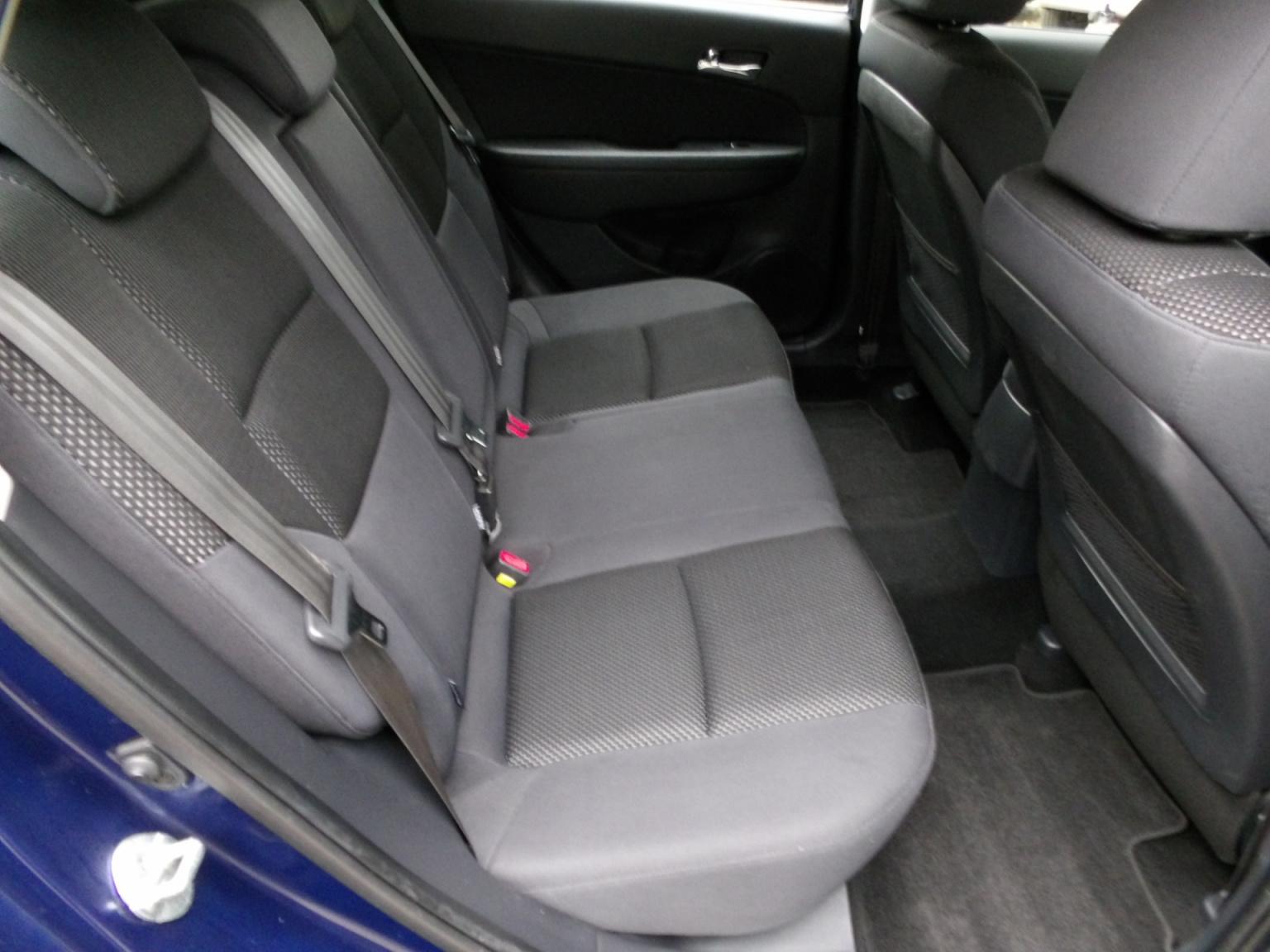 Hyundai-i30-15