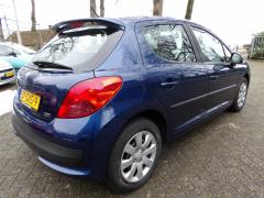 Peugeot-207-4