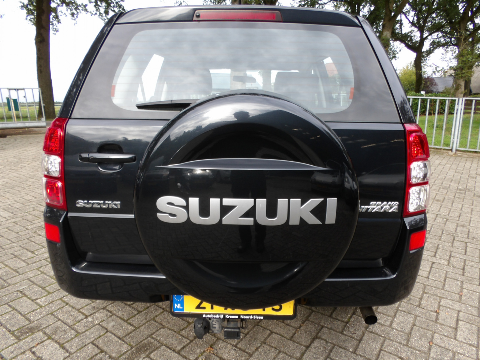 Suzuki-Grand Vitara-3